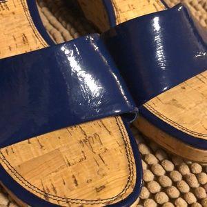🔥$10🔥 BANDOLINO Wedges size 7.5 NWOT